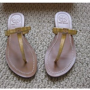 c293d496517 Tory Burch. Tory Burch Leighanne Bow Metallic Sandals 5.5